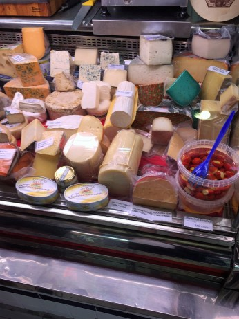 mercado - cheese 1