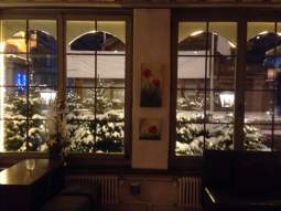 snow outside Restaurant Taverne