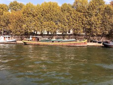 houseboat 2